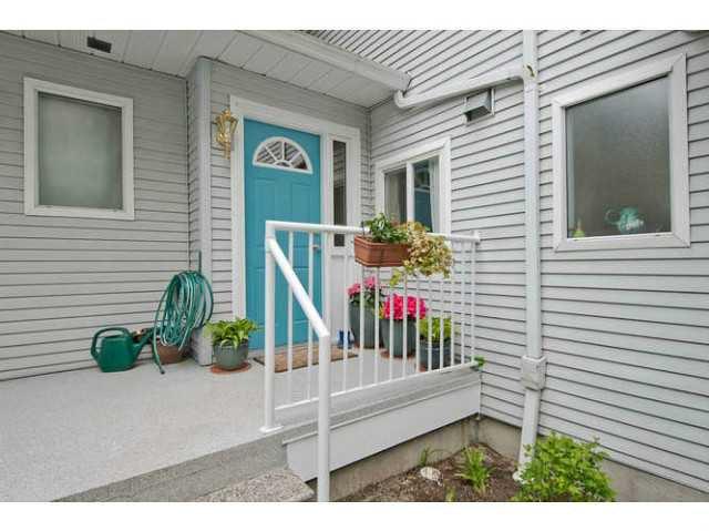 Main Photo: 3757 FRASER Street in Vancouver: Fraser VE Townhouse for sale (Vancouver East)  : MLS®# V1060981