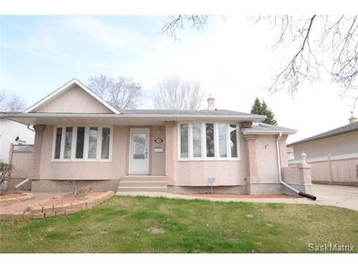 Main Photo: Videos: 54 FUHRMANN Crescent in Regina: Walsh Acres Single Family Dwelling for sale (Regina Area 01)  : MLS®# 498152