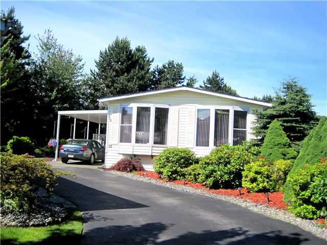 "Main Photo: 23 145 KING EDWARD Street in Coquitlam: Maillardville Manufactured Home for sale in ""MILL CREEK VILLAGE"" : MLS®# V1072785"