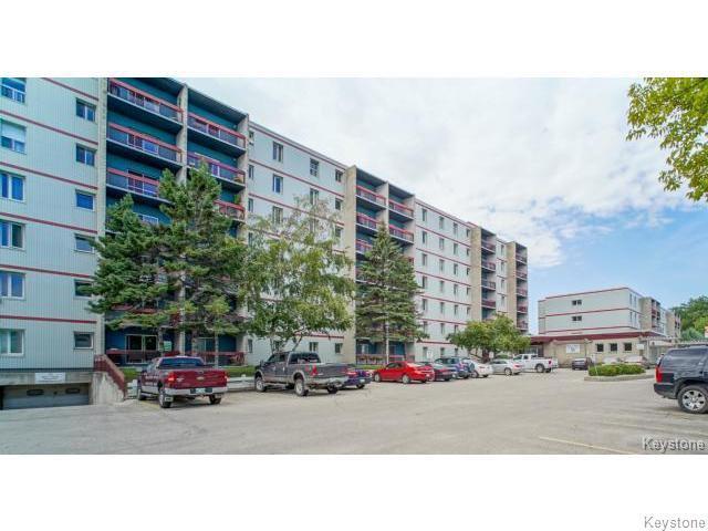 Main Photo: 35 Valhalla Drive in WINNIPEG: East Kildonan Condominium for sale (North East Winnipeg)  : MLS®# 1504556