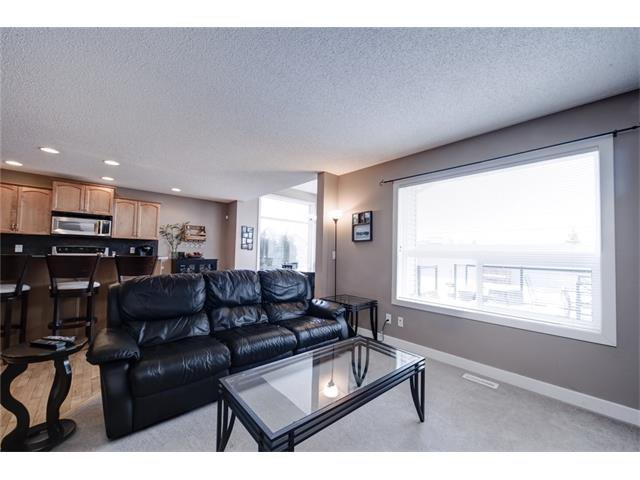 Photo 8: Photos: 72 CRANFIELD Gardens SE in Calgary: Cranston House for sale : MLS®# C4064858