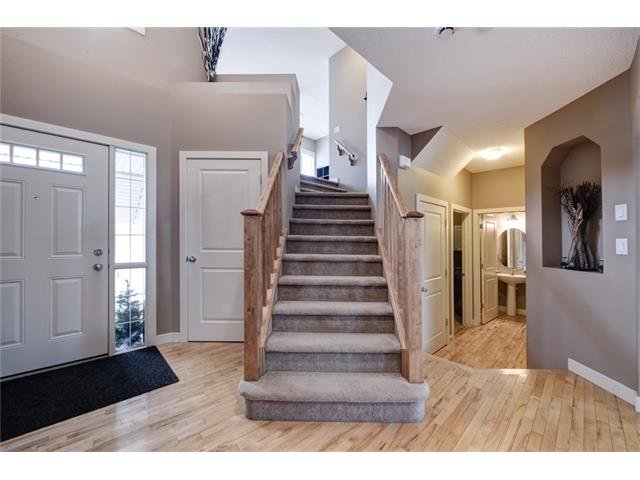 Photo 2: Photos: 72 CRANFIELD Gardens SE in Calgary: Cranston House for sale : MLS®# C4064858