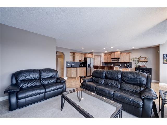 Photo 7: Photos: 72 CRANFIELD Gardens SE in Calgary: Cranston House for sale : MLS®# C4064858