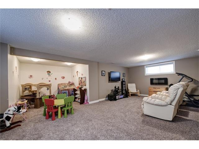 Photo 40: Photos: 72 CRANFIELD Gardens SE in Calgary: Cranston House for sale : MLS®# C4064858