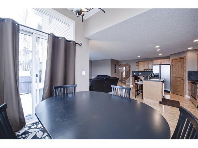 Photo 18: Photos: 72 CRANFIELD Gardens SE in Calgary: Cranston House for sale : MLS®# C4064858