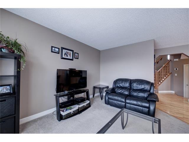 Photo 6: Photos: 72 CRANFIELD Gardens SE in Calgary: Cranston House for sale : MLS®# C4064858