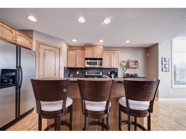 Photo 11: Photos: 72 CRANFIELD Gardens SE in Calgary: Cranston House for sale : MLS®# C4064858