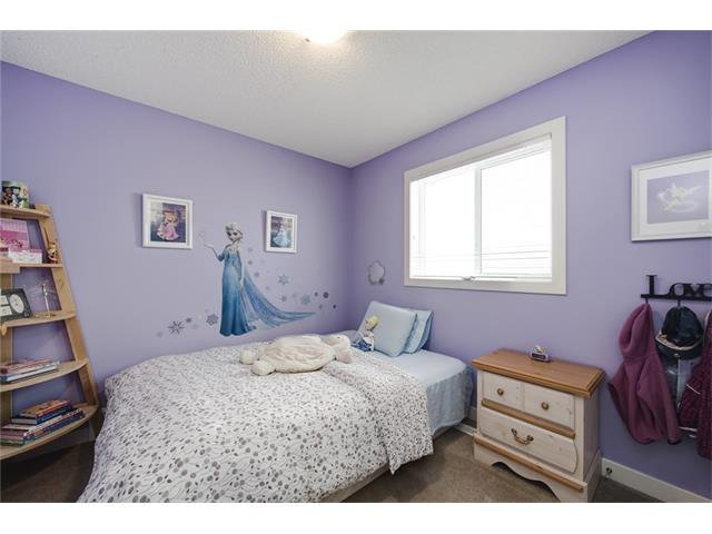 Photo 37: Photos: 72 CRANFIELD Gardens SE in Calgary: Cranston House for sale : MLS®# C4064858