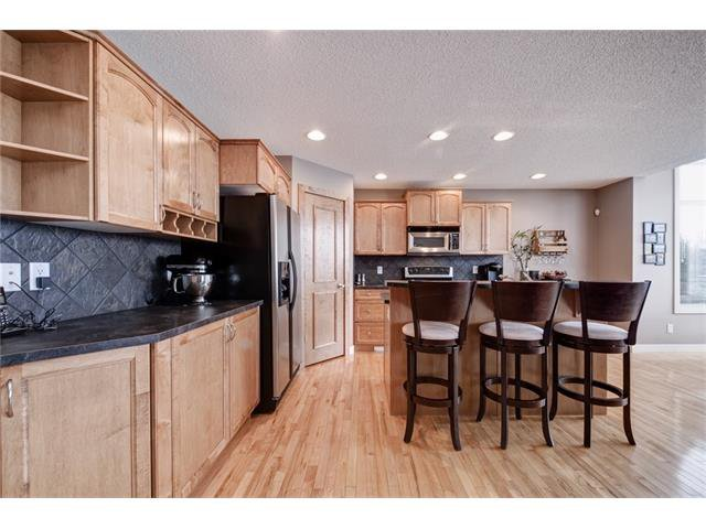 Photo 10: Photos: 72 CRANFIELD Gardens SE in Calgary: Cranston House for sale : MLS®# C4064858