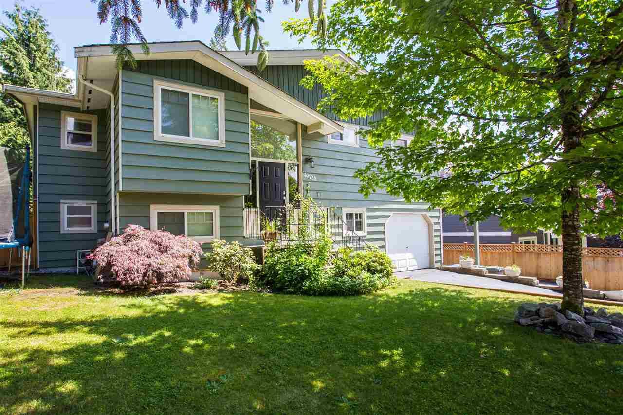 "Main Photo: 40738 THUNDERBIRD Ridge in Squamish: Garibaldi Highlands House for sale in ""Garibaldi Highlands"" : MLS®# R2074228"