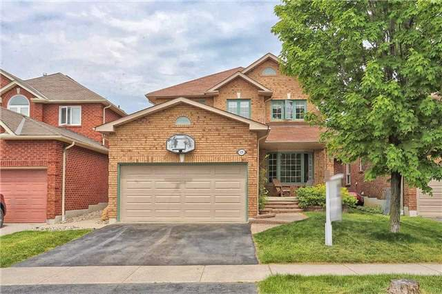 Main Photo: 121 Harkness Drive in Whitby: Rolling Acres House (2-Storey) for sale : MLS®# E3511050