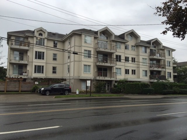 """Photo 1: Photos: 203 33502 GEORGE FERGUSON Way in Abbotsford: Central Abbotsford Condo for sale in """"Carina Crt"""" : MLS®# R2113543"""