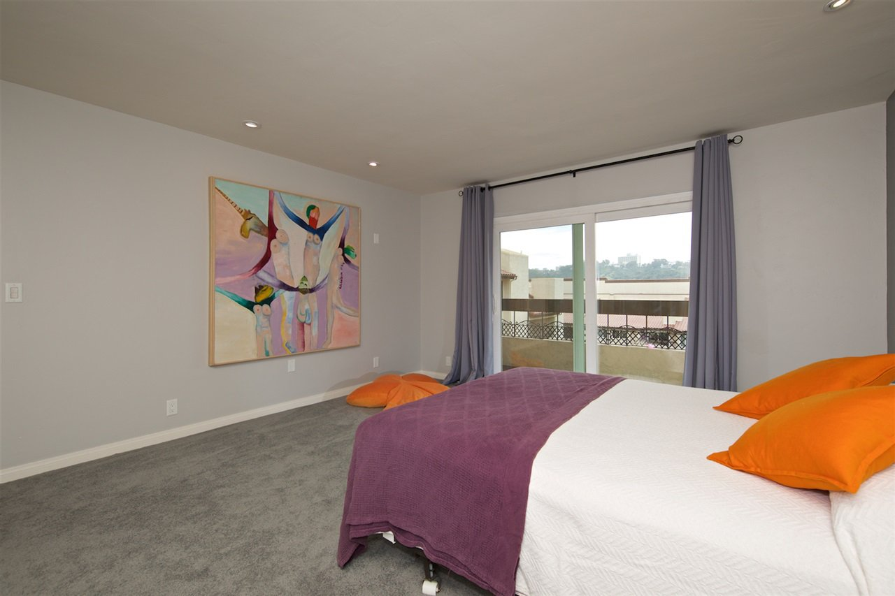 Photo 15: Photos: SAN DIEGO Condo for sale : 1 bedrooms : 6717 Friars Road #92