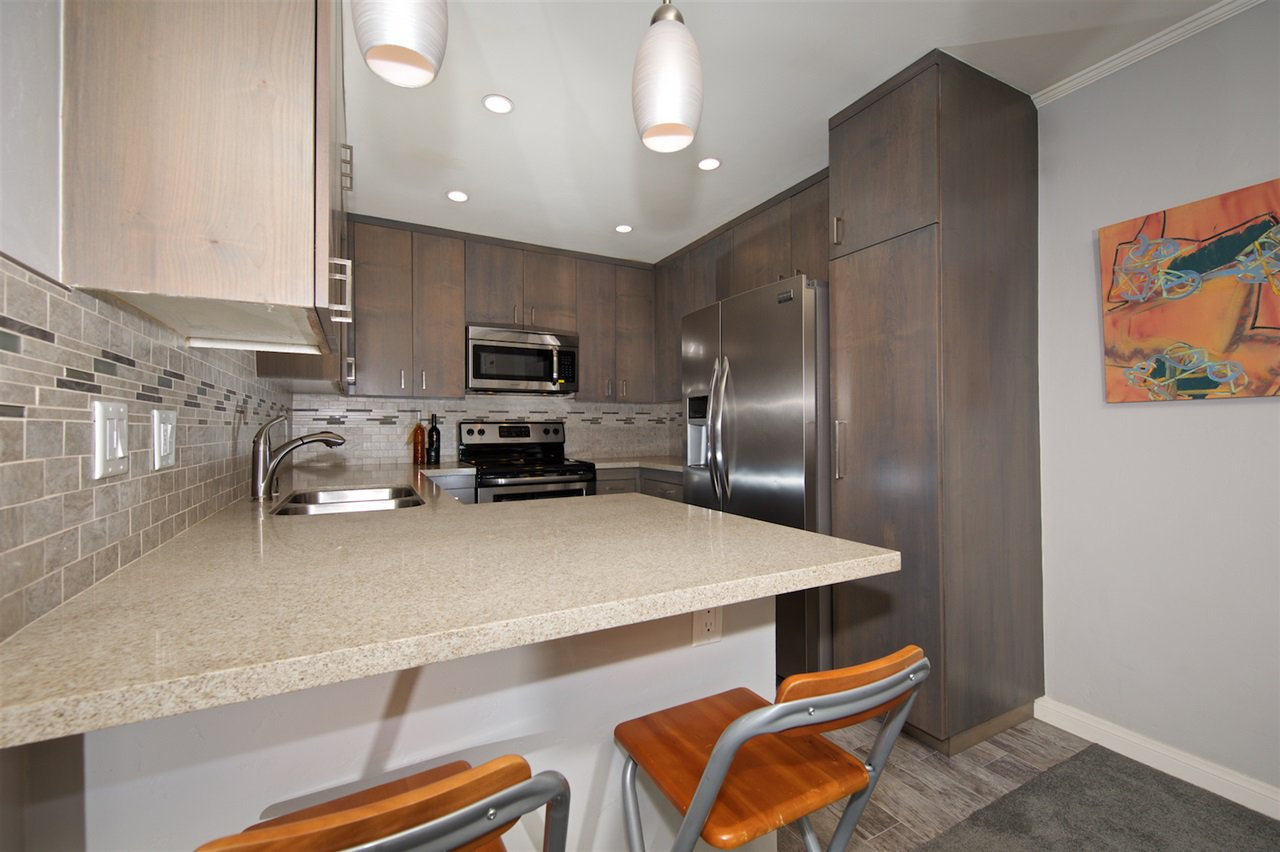Photo 11: Photos: SAN DIEGO Condo for sale : 1 bedrooms : 6717 Friars Road #92