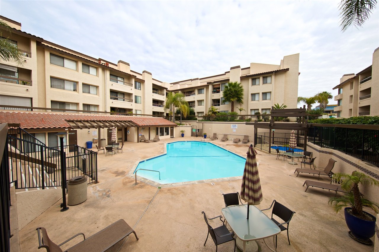 Photo 22: Photos: SAN DIEGO Condo for sale : 1 bedrooms : 6717 Friars Road #92