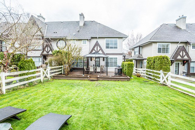 """Photo 18: Photos: 49 12099 237 Street in Maple Ridge: East Central Townhouse for sale in """"GABRIOLA"""" : MLS®# R2153314"""