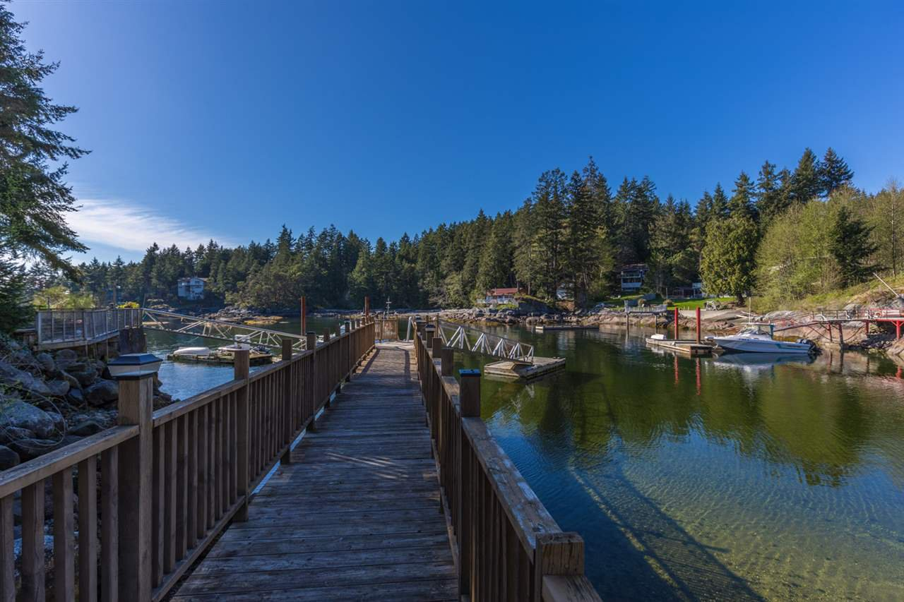 Photo 16: Photos: 5621 O'BRIAN Road in Halfmoon Bay: Halfmn Bay Secret Cv Redroofs House for sale (Sunshine Coast)  : MLS®# R2252514