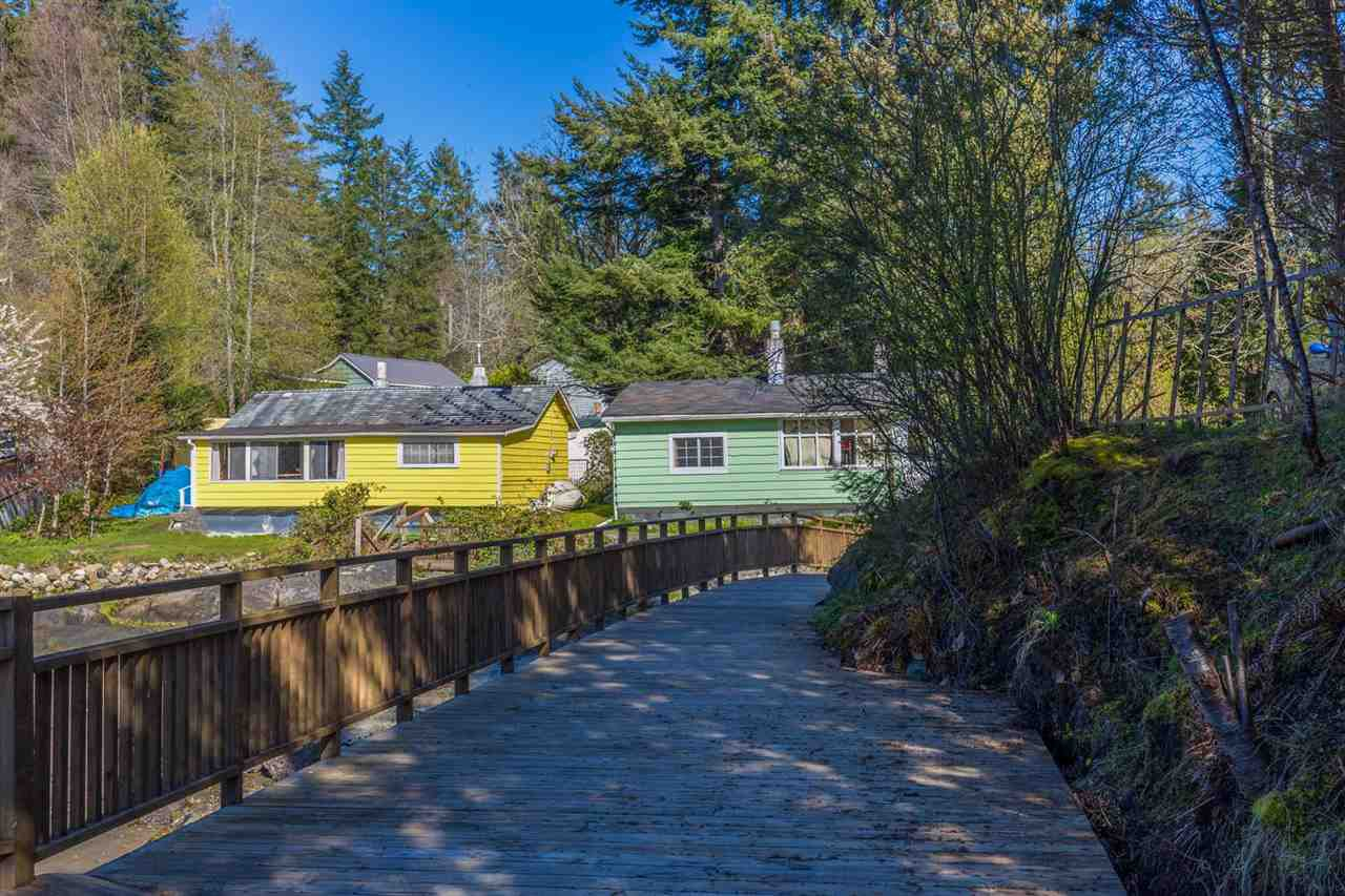 Photo 12: Photos: 5621 O'BRIAN Road in Halfmoon Bay: Halfmn Bay Secret Cv Redroofs House for sale (Sunshine Coast)  : MLS®# R2252514