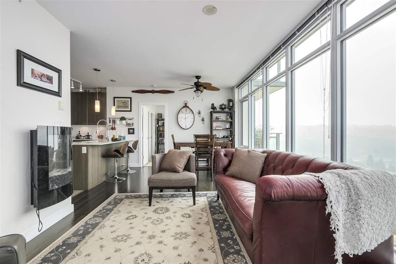 """Photo 6: Photos: 3907 2955 ATLANTIC Avenue in Coquitlam: North Coquitlam Condo for sale in """"Oasis"""" : MLS®# R2299552"""