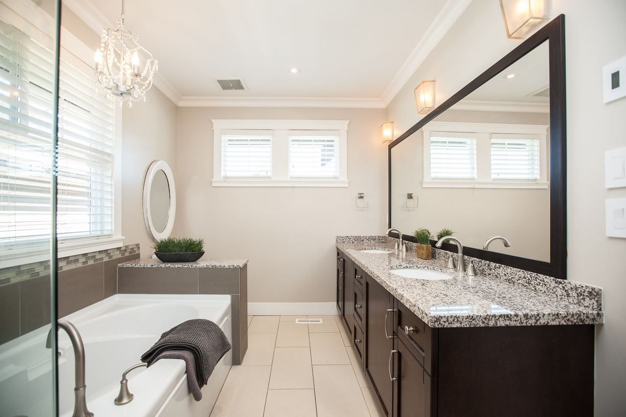 Photo 15: Photos: 14833 59A Avenue in Surrey: Sullivan Station House for sale : MLS®# R2305431