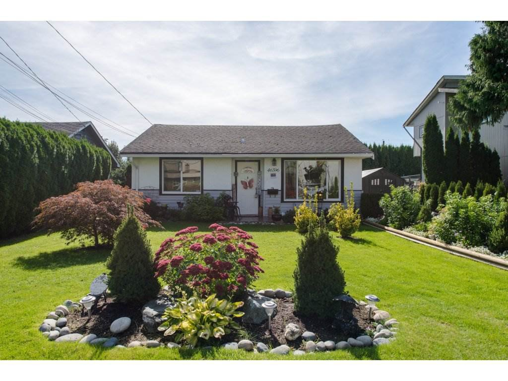 Main Photo: 46596 MAPLE Avenue in Chilliwack: Chilliwack E Young-Yale House for sale : MLS®# R2309918
