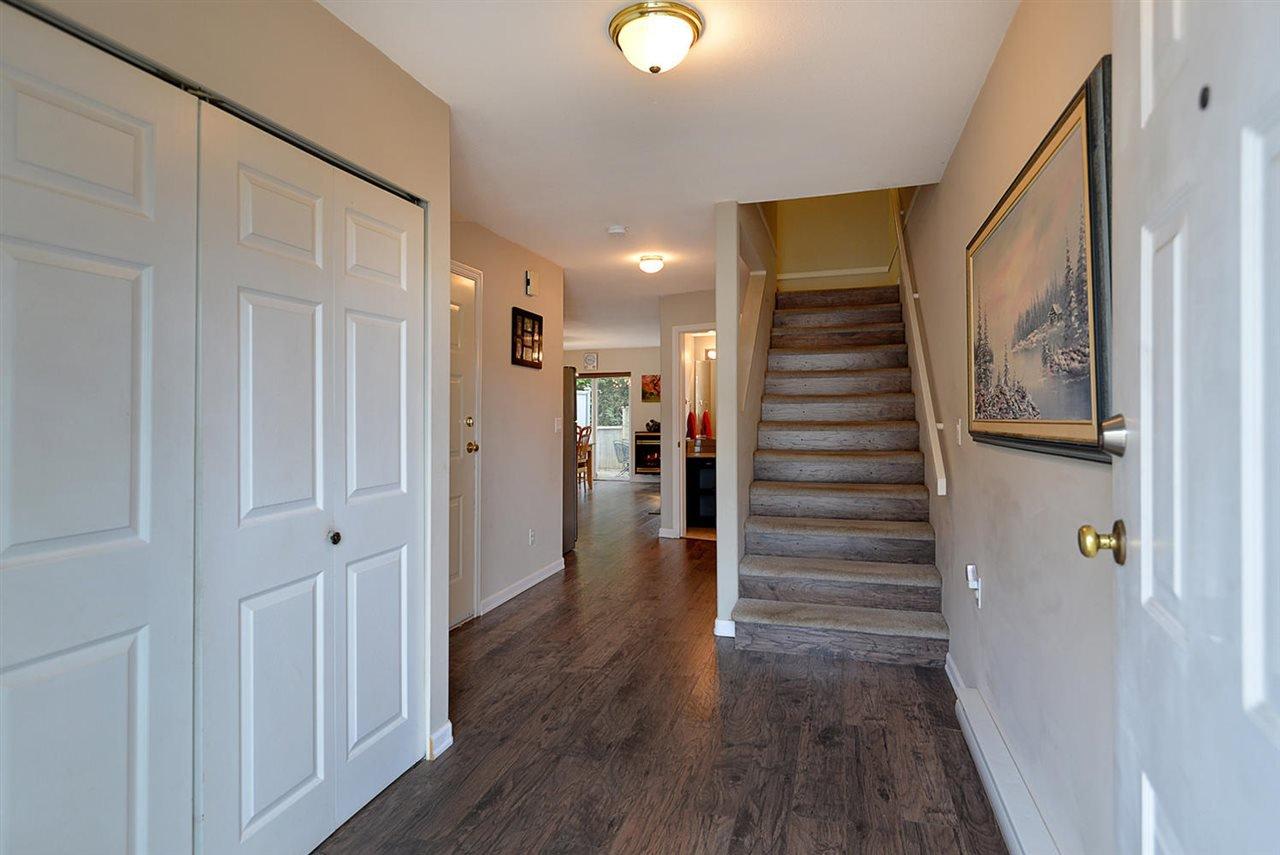 "Photo 4: Photos: 15 5706 EBBTIDE Street in Sechelt: Sechelt District Townhouse for sale in ""EBBTIDE VILLAGE"" (Sunshine Coast)  : MLS®# R2344209"