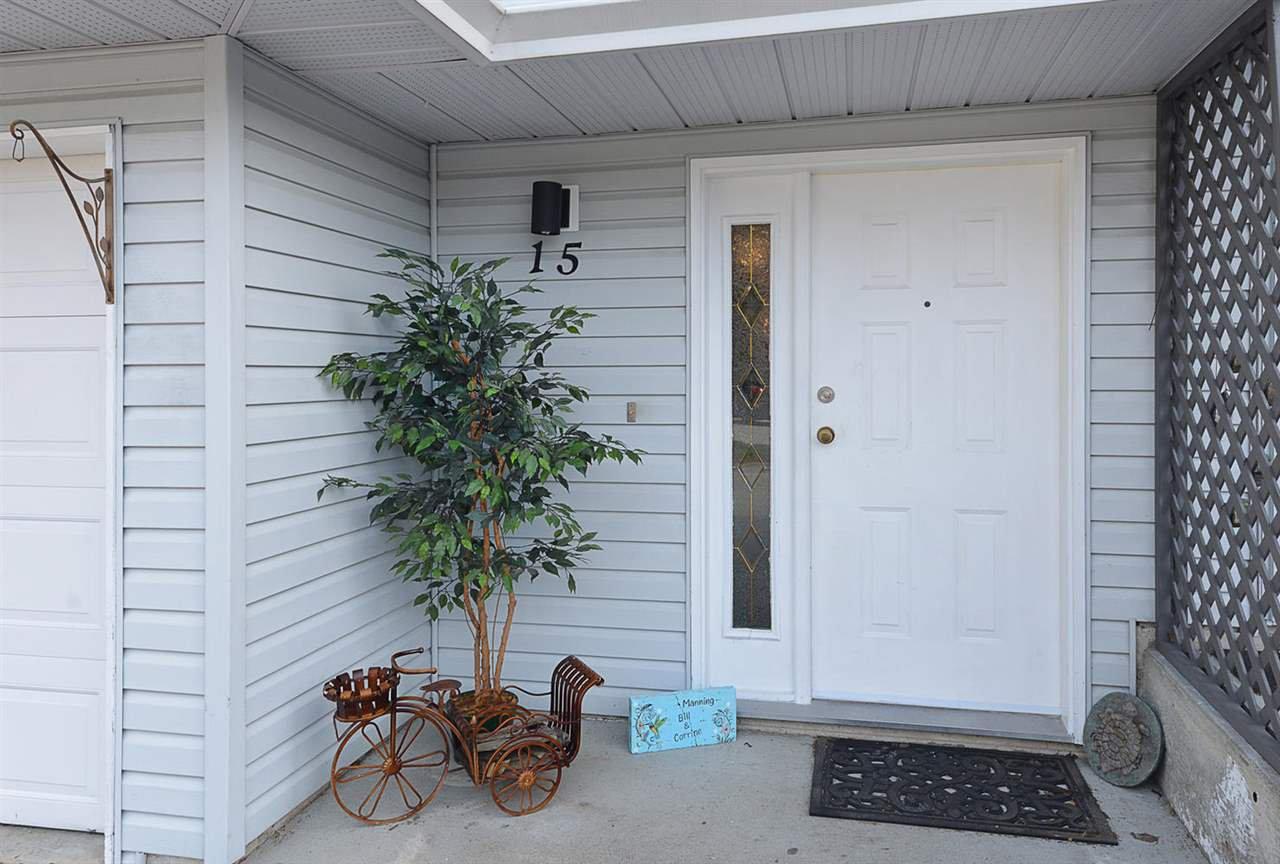 "Photo 2: Photos: 15 5706 EBBTIDE Street in Sechelt: Sechelt District Townhouse for sale in ""EBBTIDE VILLAGE"" (Sunshine Coast)  : MLS®# R2344209"