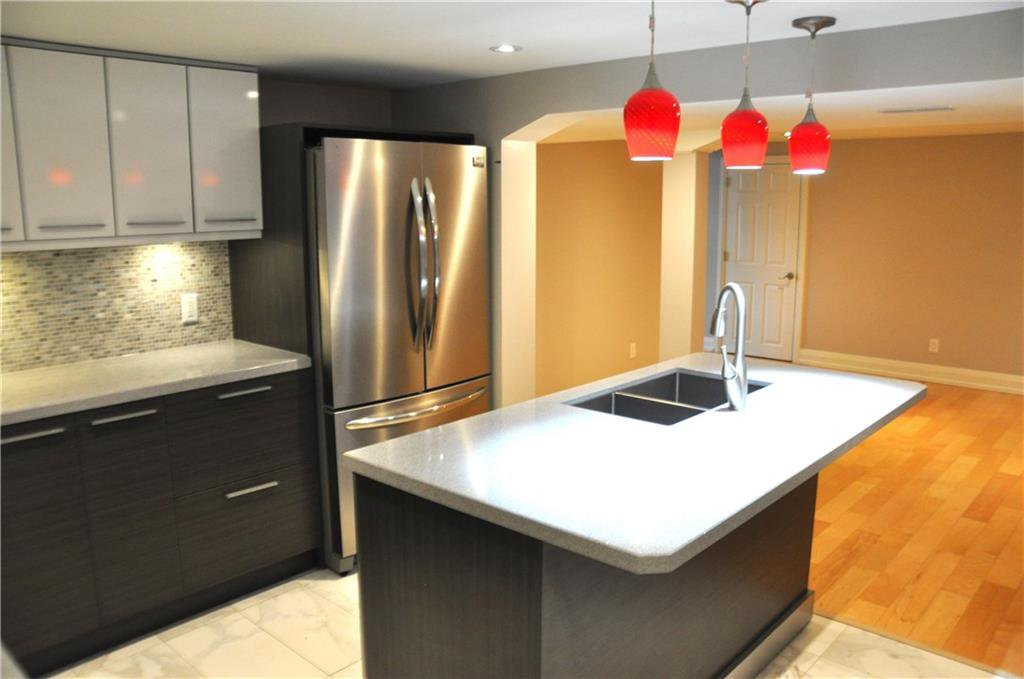 Photo 11: Photos: 6 1382 OLGA Drive in Burlington: Residential for lease : MLS®# H4051359