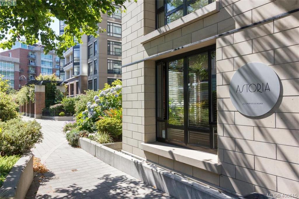Main Photo: 207 751 Fairfield Rd in VICTORIA: Vi Downtown Condo Apartment for sale (Victoria)  : MLS®# 812100