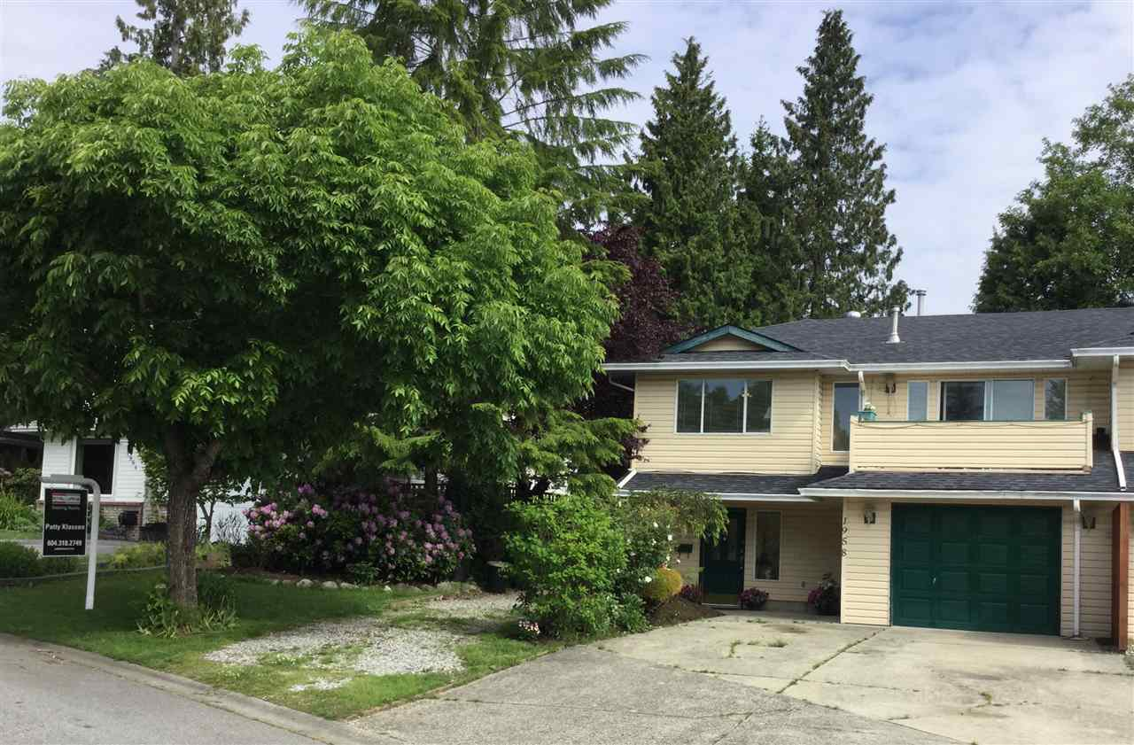 """Photo 20: Photos: 1958 158A Street in Surrey: King George Corridor House 1/2 Duplex for sale in """"King George Corridor"""" (South Surrey White Rock)  : MLS®# R2368433"""