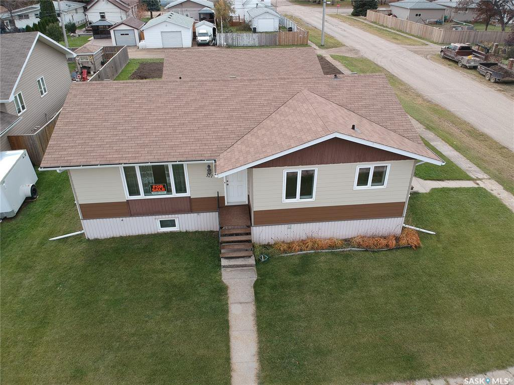 Main Photo: 321 3rd Avenue in Allan: Residential for sale : MLS®# SK789439