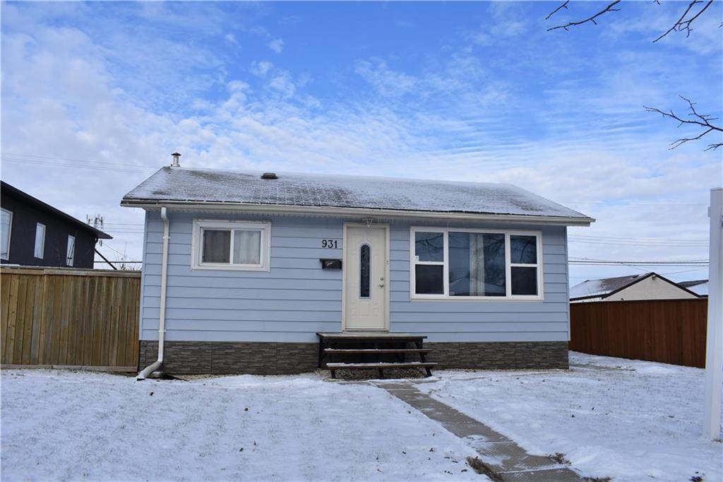Main Photo: 931 Dugas Street in Winnipeg: Windsor Park Residential for sale (2G)  : MLS®# 1932232