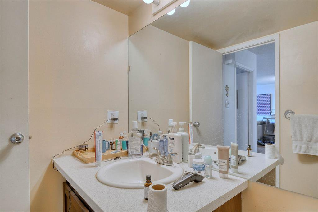 Photo 16: Photos: 603 221 6 Avenue SE in Calgary: Downtown Commercial Core Apartment for sale : MLS®# A1048250