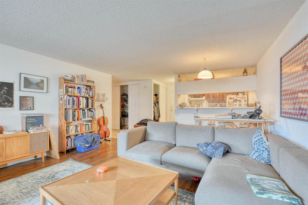 Photo 7: Photos: 603 221 6 Avenue SE in Calgary: Downtown Commercial Core Apartment for sale : MLS®# A1048250
