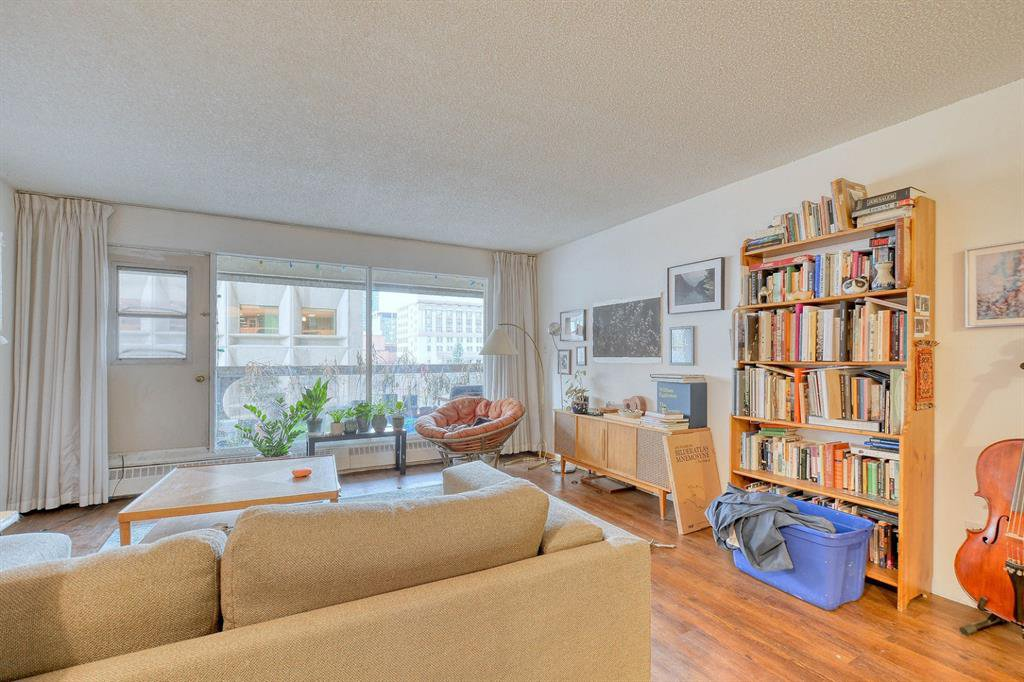 Photo 9: Photos: 603 221 6 Avenue SE in Calgary: Downtown Commercial Core Apartment for sale : MLS®# A1048250
