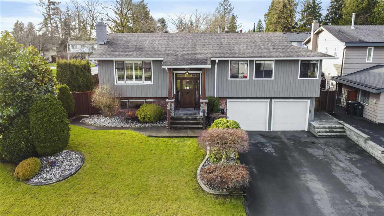 """Main Photo: 11545 197A Street in Pitt Meadows: South Meadows House for sale in """"South Meadows"""" : MLS®# R2527440"""