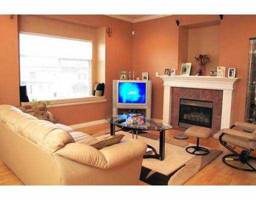 Photo 4: Photos: 5268 NORFOLK ST in Burnaby: Central BN House 1/2 Duplex for sale (Burnaby North)  : MLS®# V565721