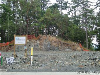 Photo 2: Photos: 3677 Coleman Place in VICTORIA: Co Latoria Single Family Detached for sale (Colwood)  : MLS®# 298117