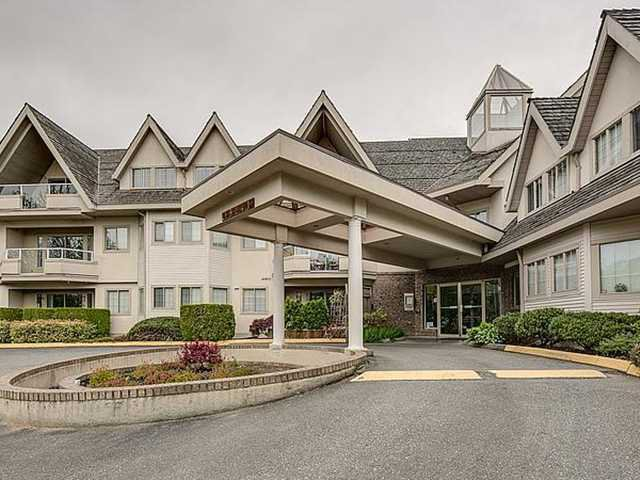"""Main Photo: 211 19241 FORD Road in Pitt Meadows: Central Meadows Condo for sale in """"VILLAGE GREEN"""" : MLS®# V1054084"""