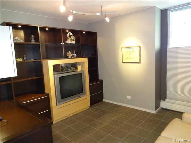 Photo 10: Photos: 323 Wellington Crescent in WINNIPEG: Fort Rouge / Crescentwood / Riverview Condominium for sale (South Winnipeg)  : MLS®# 1530275