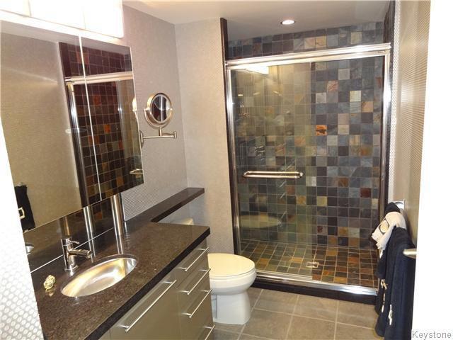 Photo 11: Photos: 323 Wellington Crescent in WINNIPEG: Fort Rouge / Crescentwood / Riverview Condominium for sale (South Winnipeg)  : MLS®# 1530275