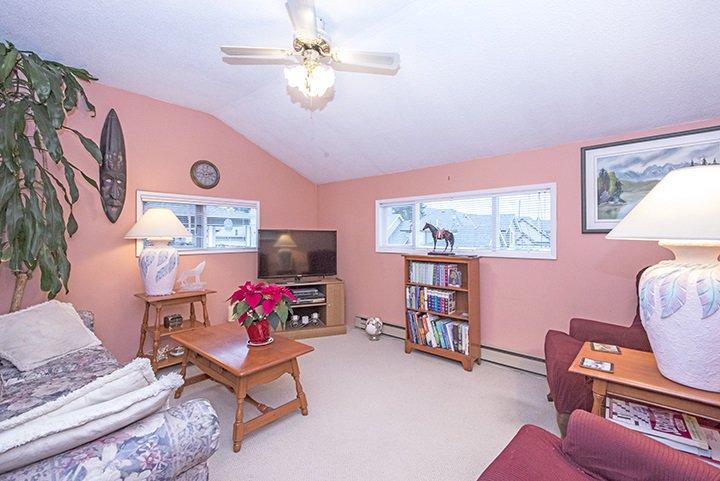 Photo 7: Photos: 701 REGAN Avenue in Coquitlam: Coquitlam West House for sale : MLS®# R2027263