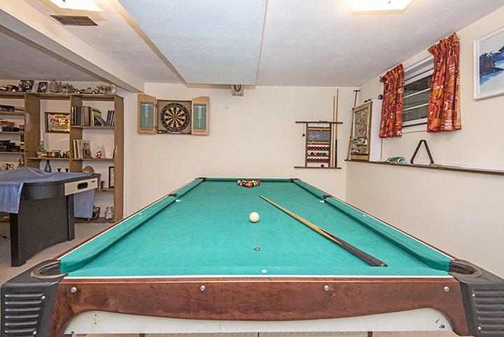 Photo 13: Photos: 701 REGAN Avenue in Coquitlam: Coquitlam West House for sale : MLS®# R2027263