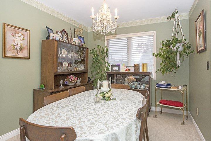 Photo 4: Photos: 701 REGAN Avenue in Coquitlam: Coquitlam West House for sale : MLS®# R2027263