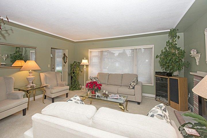 Photo 3: Photos: 701 REGAN Avenue in Coquitlam: Coquitlam West House for sale : MLS®# R2027263