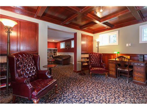 Photo 11: Photos: 8590 East Saanich Rd in NORTH SAANICH: NS Dean Park House for sale (North Saanich)  : MLS®# 720237