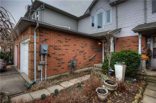 Photo 9: Photos: 331 Langlaw Drive in Cambridge: House (2-Storey) for sale : MLS®# X3441825
