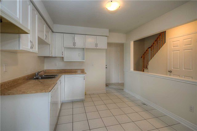 Photo 16: Photos: 331 Langlaw Drive in Cambridge: House (2-Storey) for sale : MLS®# X3441825