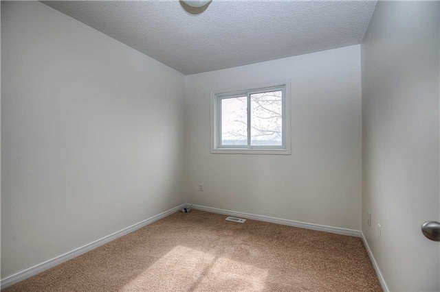 Photo 5: Photos: 331 Langlaw Drive in Cambridge: House (2-Storey) for sale : MLS®# X3441825