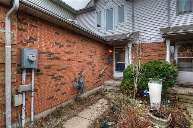 Photo 10: Photos: 331 Langlaw Drive in Cambridge: House (2-Storey) for sale : MLS®# X3441825